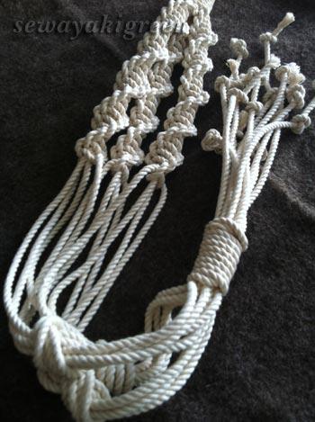 マクラメ編みプラントハンガー