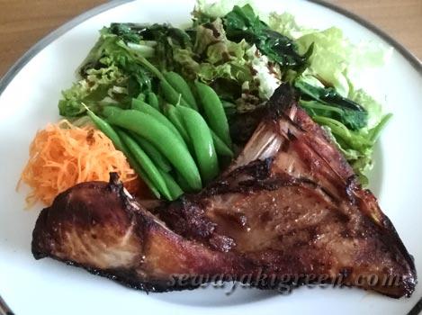 ブリのカマの照り焼き&野菜