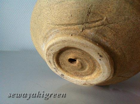 抹茶茶わん風植木鉢の底